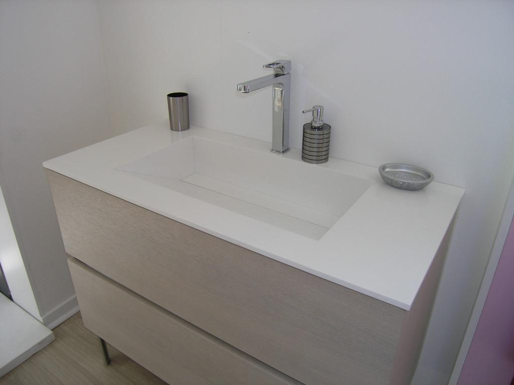 Vasque de toilette en résine HIMAC