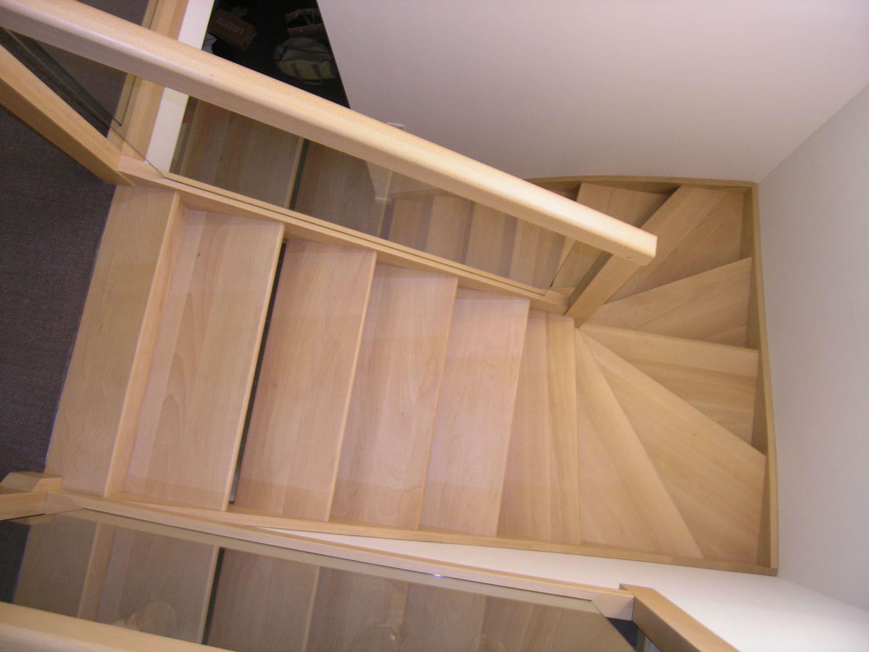 Escalier hêtre massif